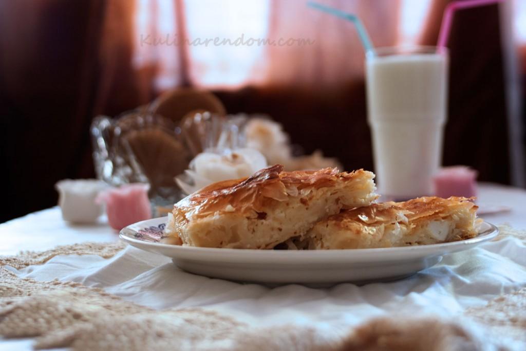Kulinarendom_banica-sus-sirene_2