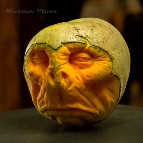 Miroslav-Petrov_sculpture