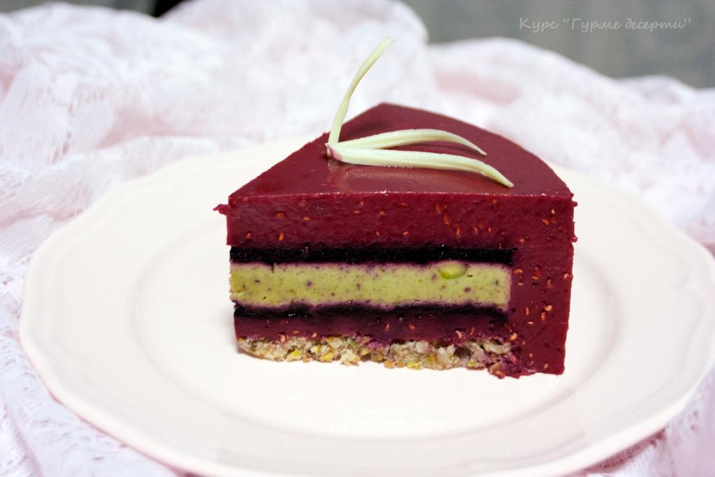 Kulinarendom_kurs-Gurme-deserti_torta-violetki_2