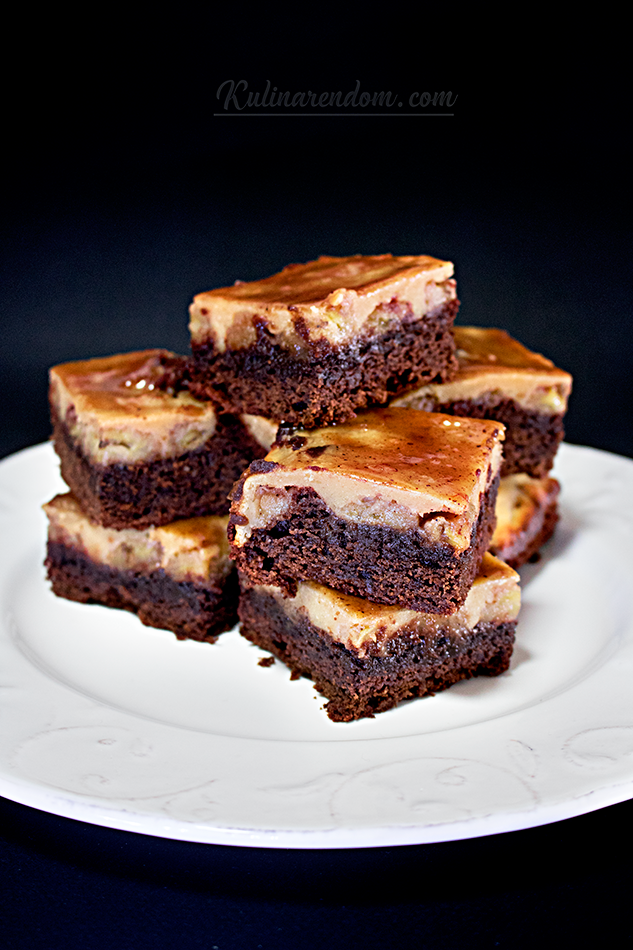 Kulinarendom_Banana-brownie--all-pieces_1