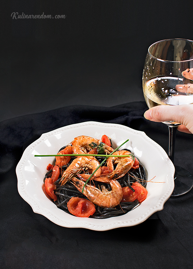 Kulinarendom_Spaghetti-al-Nero-di-Sepia_3